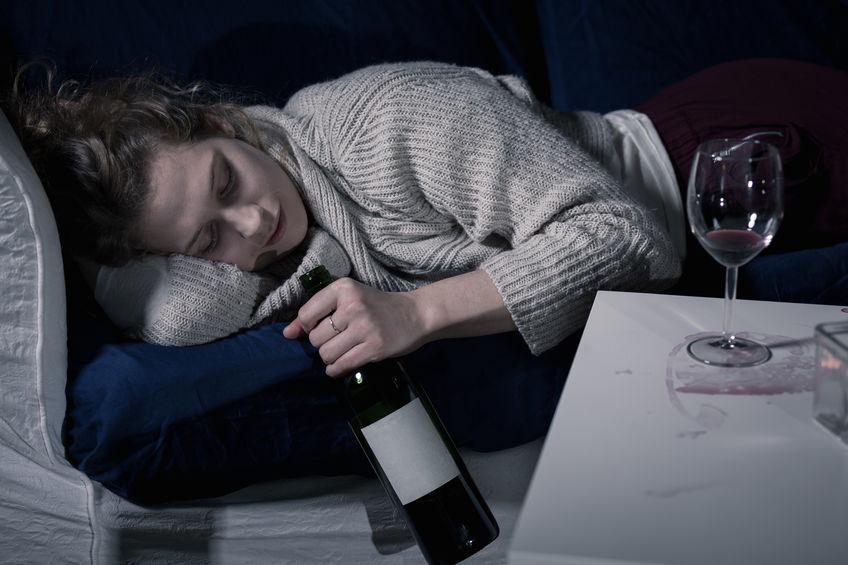 Alkohol und Schlaf: Warum verursacht Alkohol Schlafstörungen?