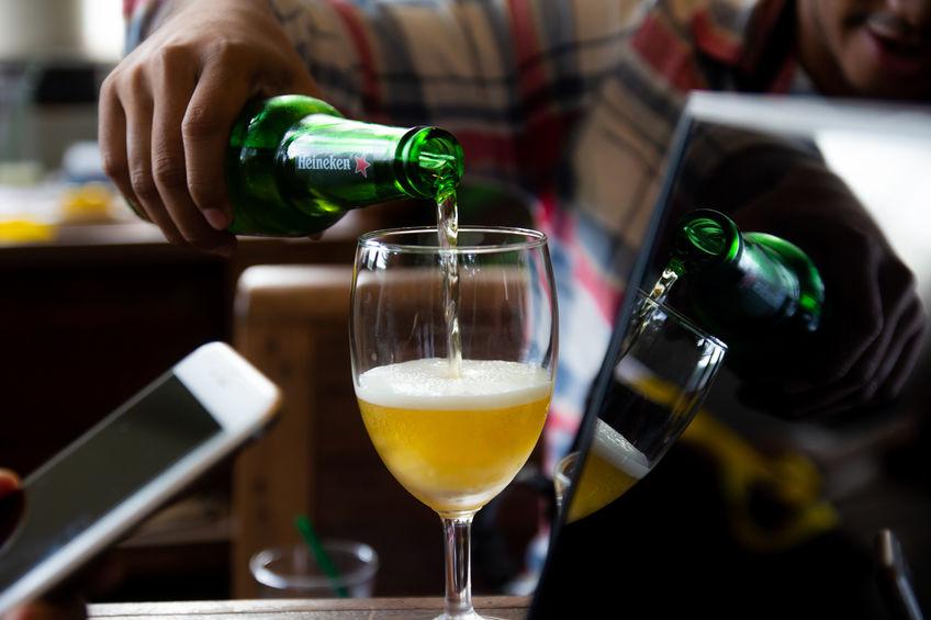 Alkoholentzug: Ab wann ist man Alkoholiker?